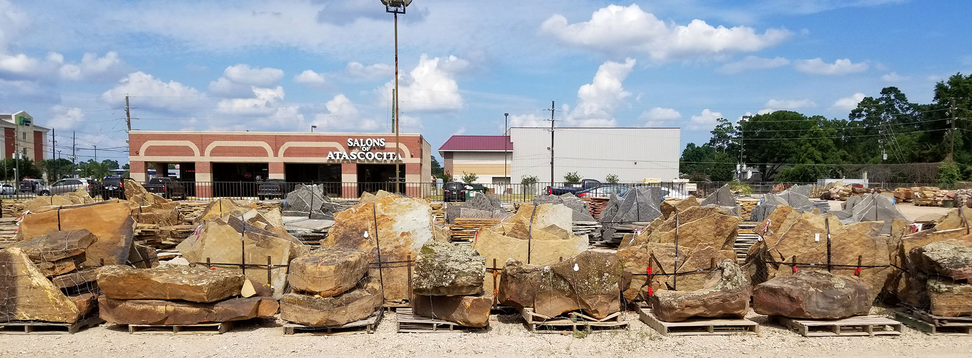 Earth Friendly Dirt Mulch Co Humble Atascocita Mulch And Rock Company For Landscaping